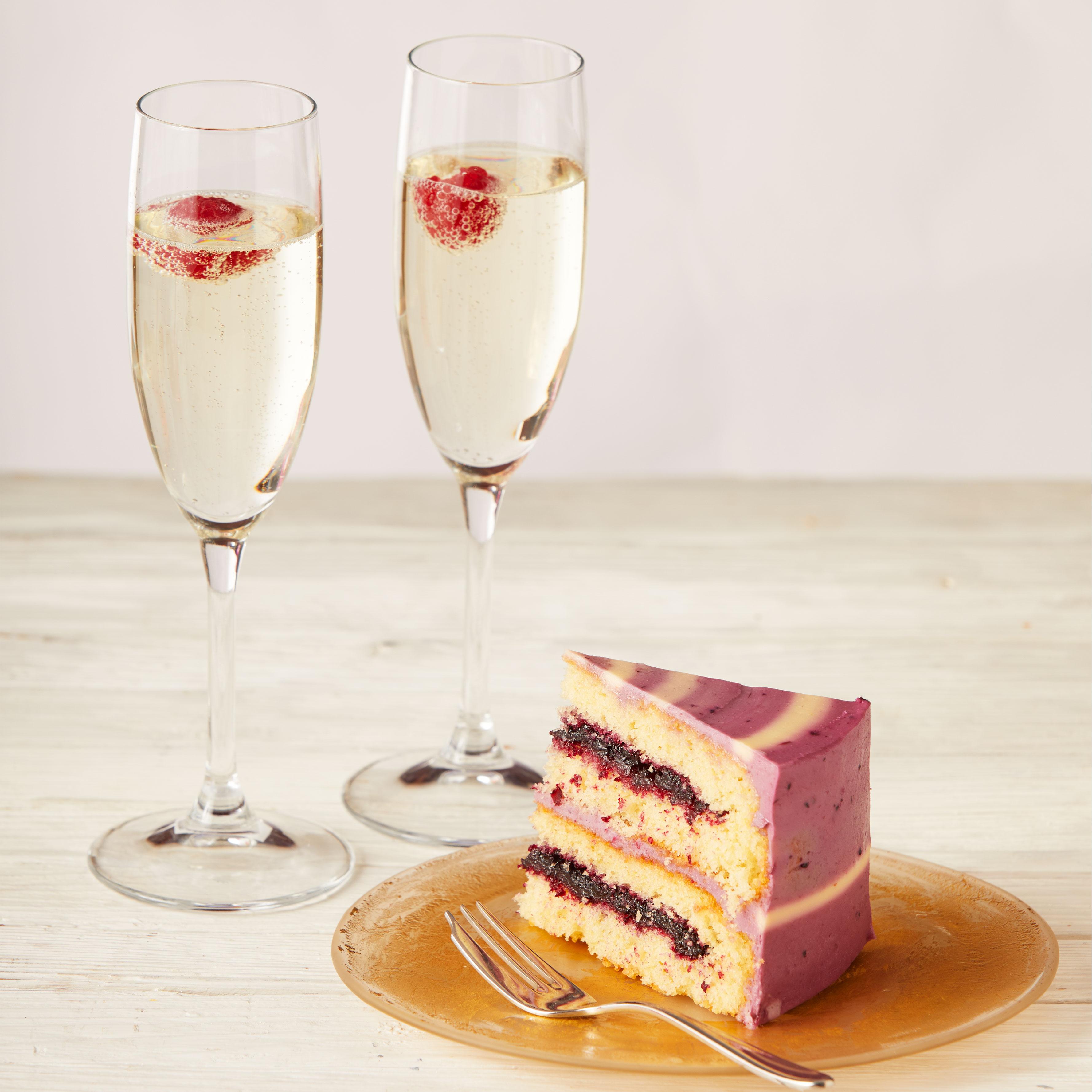 Bottomless Cake & Prosecco