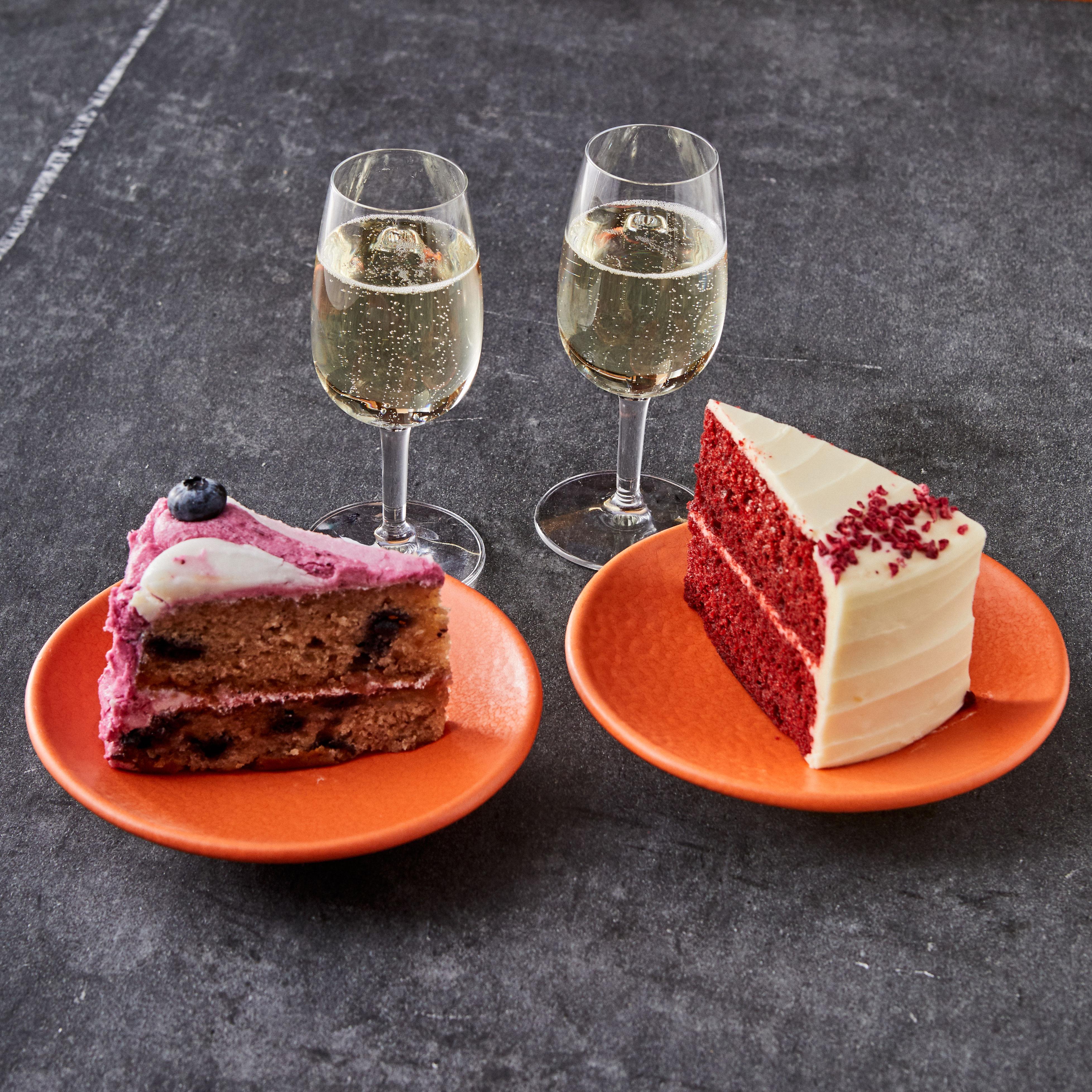 Galentine's Day Bottomless Cake & Prosecco