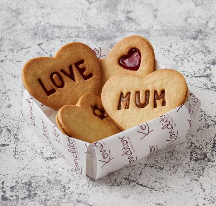 'LOVE MUM' Hearts Biscuits Box of 4