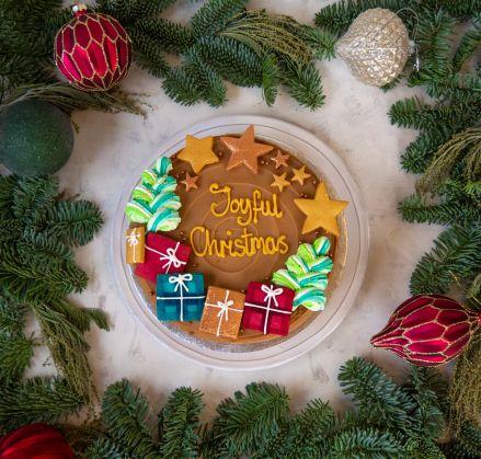 Joyful Christmas Chocolate Noisette Cake